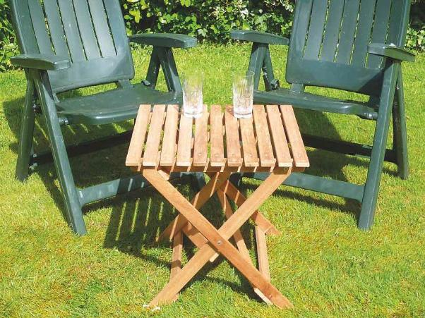 Folding Picnic Table Photo